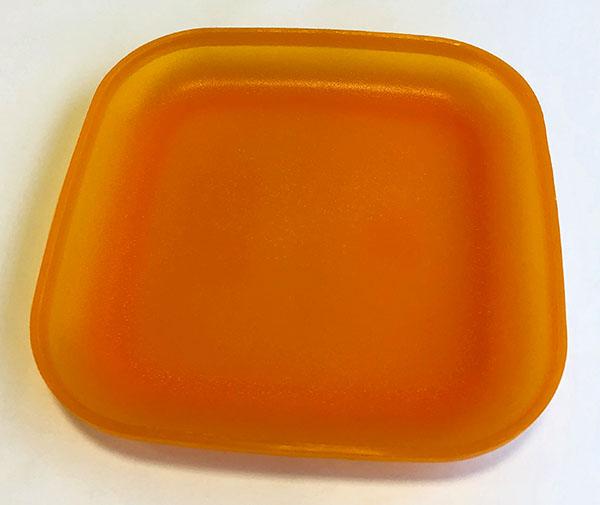 プラスチック製四角い皿